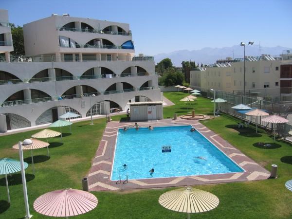 swiming_pool_005_001