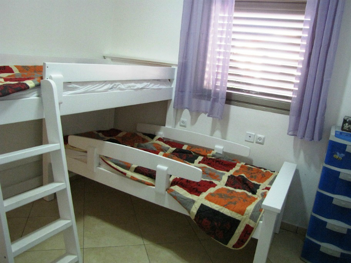 eilat-children-room